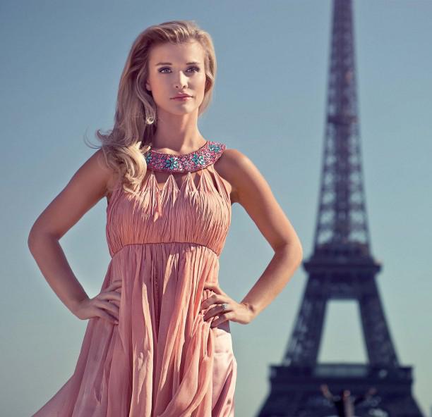 Joanna Krupa - Shooting in Paris